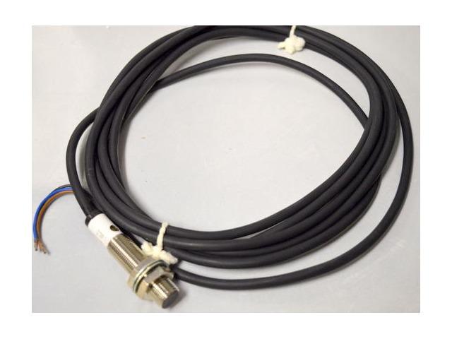 Balluff Proximity Switch NNB - BES 516-325, 3O-C-PU, 10-30VDC, 200mA