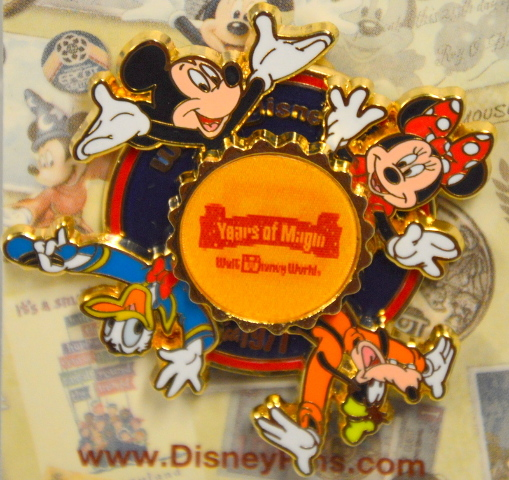 Walt Disney World-Mickey, MInnie, Donald and Goofy Spinner Pin 3D