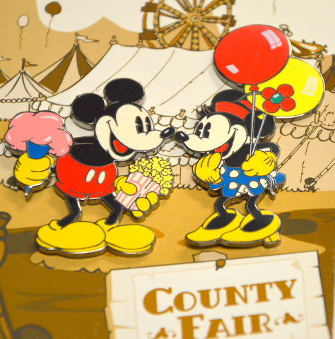 Disney Pin - County Fair #95195 Mickey and Minnie Pins