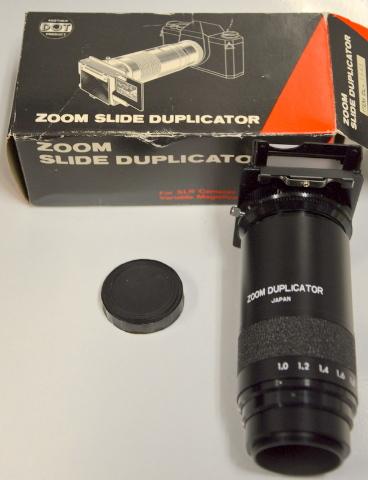 DOT Zoom Slide Duplicator for SLR Cameras- Variable Magnification. DL-1561