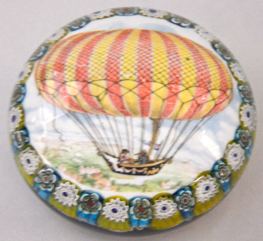 "Hot Air Balloon Paper Weight 4"" dia. x 2"" Tall -  No box"