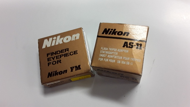 Nikon Finder Eyepiece For Nikon FM & Nikon AS-11 Flash Tripod Adapter