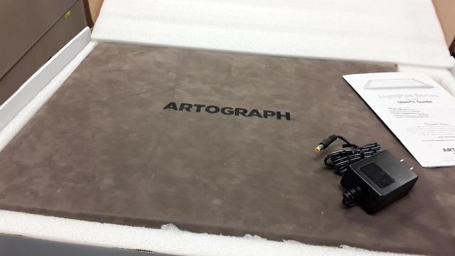 "ArtOGraph 12"" x 17"" Super Bright LED Illuminated Light Box #940, Arts & Crafts."