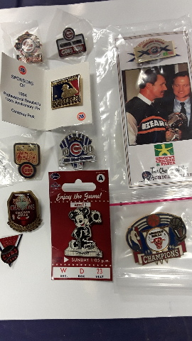 Chicago Sports Collectible Pins: 10 pcs, Bulls, Bears, Cubs and White Sox.
