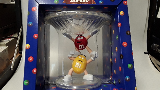 M&M's Character Candy Dish - Dish is clear, M&M's are Yellow and Red