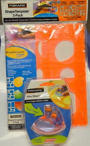 Fiskars Ultra ShapeXpress and Fiskars ShapeTemplate-3 Pack