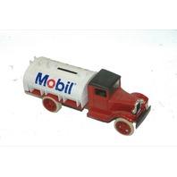 "Ertl ""1931 Hawkeye"" Mobile truck ""Bank"" - New"
