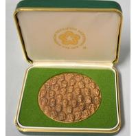 """Bicentennial Presidential Commemorative Coin.  2 1/2"""" across.  Collectible. 0292"""
