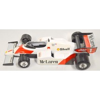 MCLaren  MP4/2 Scale 1/24 - Made in Italy - New Demo used in display. Burago.
