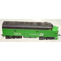 HO Burlington Northern Diesel Locomotive #2828 - no box.