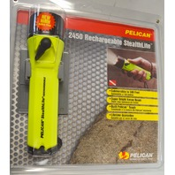 Pelican #2450 Rechargeable StealthLite Submersible to 500' w/Xenon Bulb-Demo