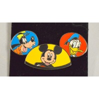 Disney Mickey Mouse Ear Hat Donald Goofy Pin.