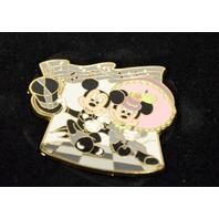 Disney Pin Mickey and Minnie Winter Ball LE250  #97845