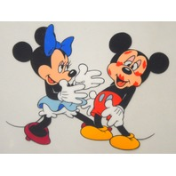"""The Walt Disney Company Serigraph Cel """"Minnie loves Mickey"""" in Gold Frame"""