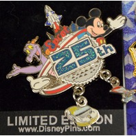 4 Disney Epcot Pins Mickey and Friends- -3D - 2 are LE.