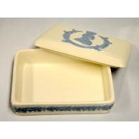 Wedgewood of Etruria & Barlaston Embossed Queensware Trinket Box with lid - 1953