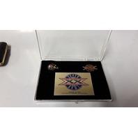 Surper Bowl  XX Pins1986 NFL  Chicago Bears vs AFC Patriots - Commemorative.
