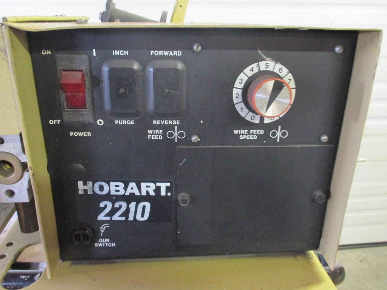 hobart rc 301 welder 300 amp with hobart 2210 wire feeder daves rh davesindustrialsurplus com