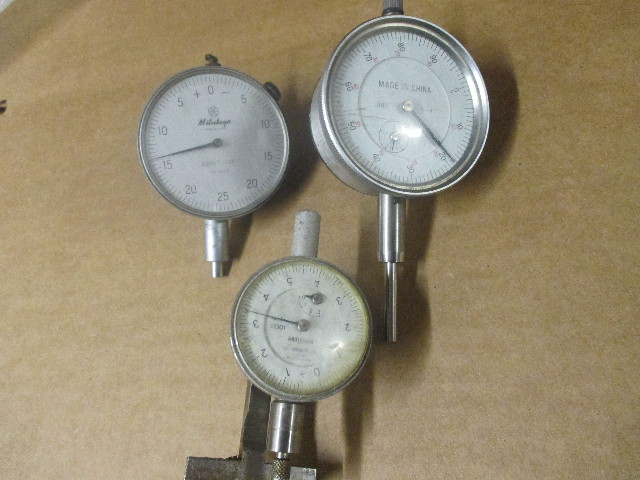 lot of 3 Mitutoyo NO. 2922, NO. 1803-10 and 1 made in china Dial Indicator