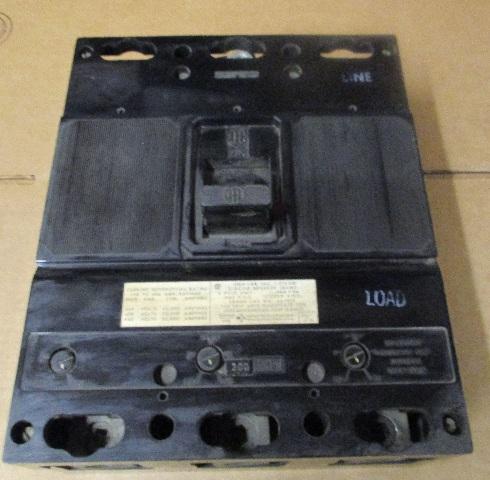 ITE JL3L400 CIRCUIT BREAKER  300 AMPS 600V 3 POLE TYPE JL-ETI
