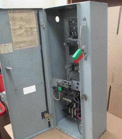 GE CR308 Combination Magnetic Starter 600V Max Complete Enclosure 300 on