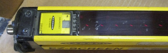 BANNER ENGINEERING SLSE30 1200Q8 EZ SCREEN Safety Light Curtain Emitter 80 Beam