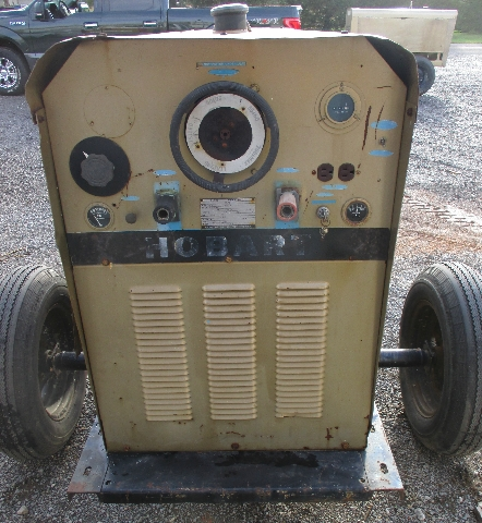 Dis Hobart Welder Gr Trailer Mounted W Ford Cyl Engine