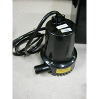 New In Box Wayne 12 Volt Standby Sump Pump