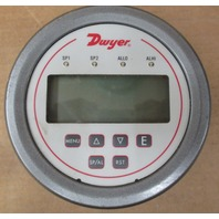 Dwyer  DH3-007 Digital Panel Pressure  Mete