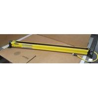 Banner SLSCE30-600Q8 EZ Screen Safety Light Curtain Emitter Infrared LED