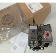 Allen Bradley 700DC-PT200Z24 Series D control relay with pneumatic time-delay attachment 24V DC coil