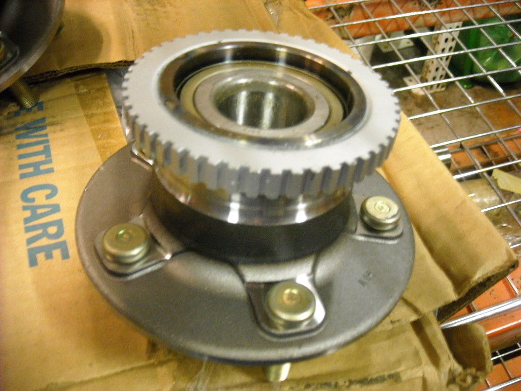 Rear Wheel Hub Bearing 512219 w/ ABS Ring, Mercury, Nissan f7az1109bb, f7xz1109