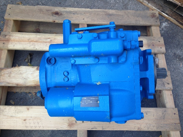 Eaton 6423-331 Hydrostatic Pump