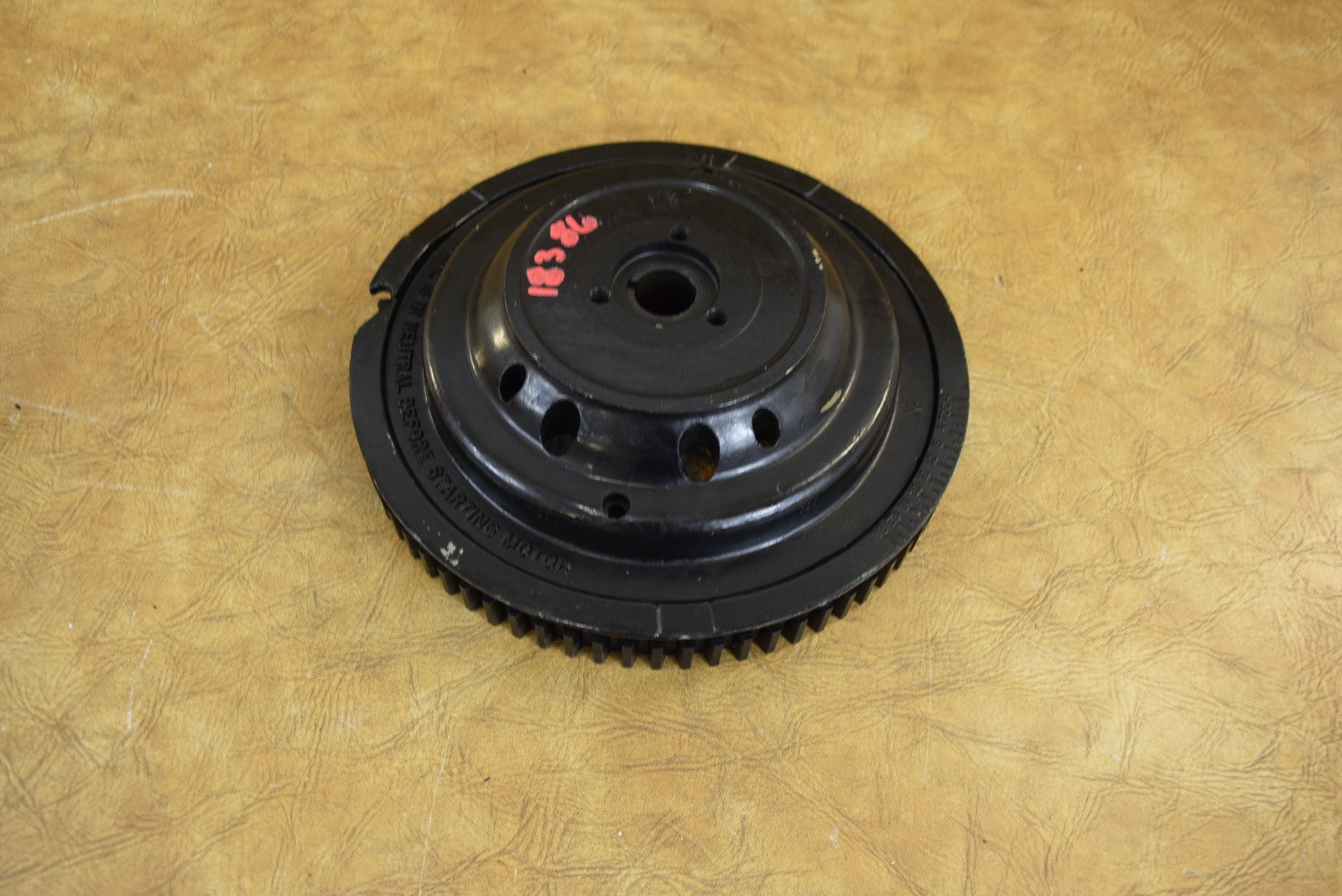 583012 583911 583697 Johnson Evinrude 1985-1991 Flywheel Assembly 40 50 55 HP