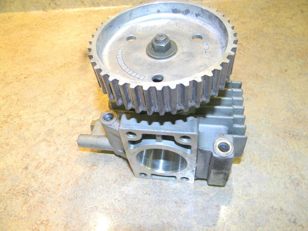 Yamaha camshaft assy w gear 60V-12170-00-00 2003-06  200 225 250 300 HP