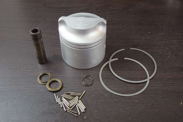 1974-98 Wiseco .030 OS Piston 3073P3 replaces Johnson Evinrude 388673 85-235 HP