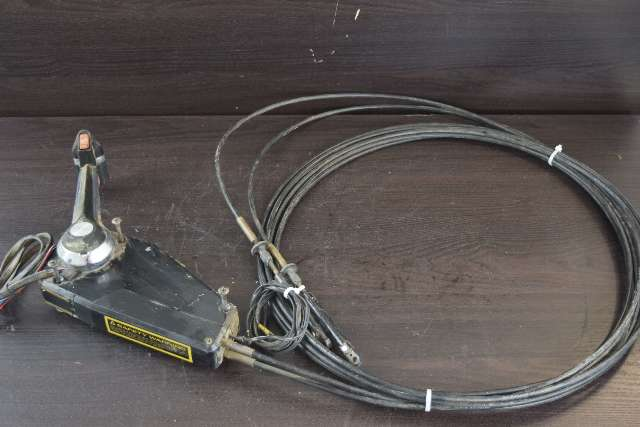 Johnson Evinrude OMC Concealed Side Mount Control Box W Trim Button & 21' Cables