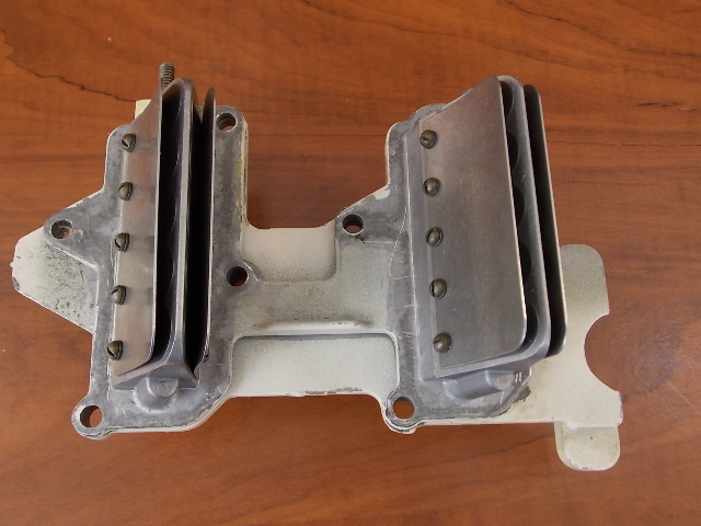 Chrysler & Force Reed Plate Assy 1976 - 1989 55 60 105 120 135HP  F2A335158