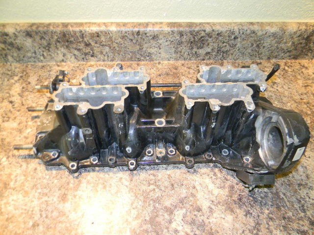 Force Cylinder Block Front Cover 819428A3 1990 - 1994 120 HP