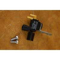18117-93J00 Suzuki Vacumm Switch 2004-2011 & UP 150 175 200 225 250 HP