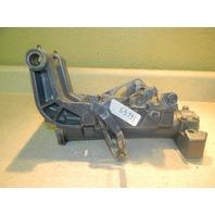 1994-1997 Yamaha Swivel Bracket Assembly 676-43311-02-4D 40 HP 2 cylinder