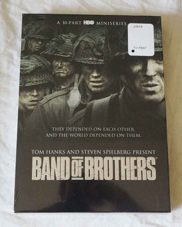 BAND OF BROTHERS DVD SET 10-PART HBO MINISERIES NEW (DVD NOT BLURAY)
