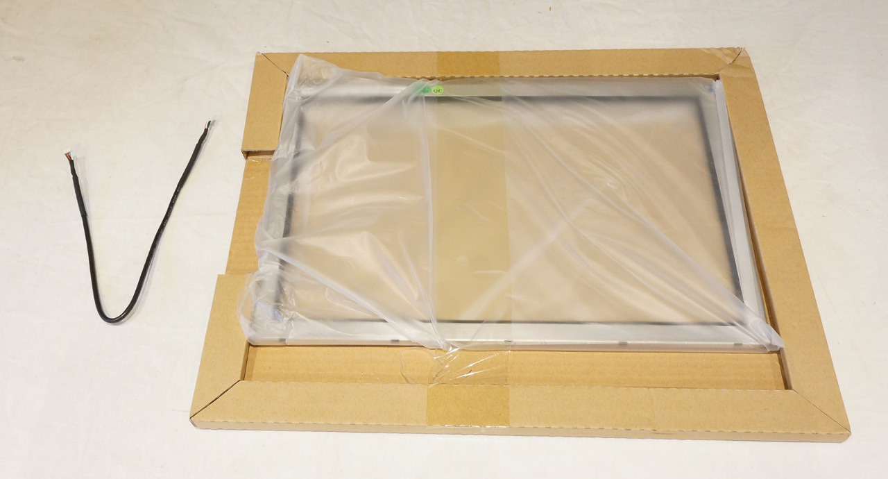 "IR TOUCH SYSTEMS 15"" INFRARED TOUCH SCREEN RE2100G015S W/ CORD"