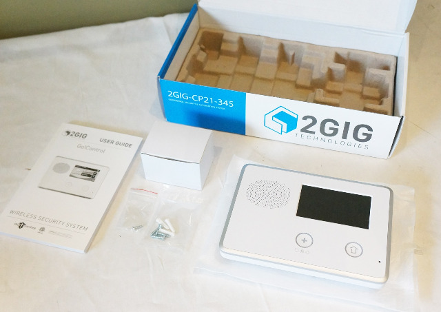 2GIG TECHNOLOGIES CP21-345E HOME SECURITY AND AUTOMATION CONTROL PANEL