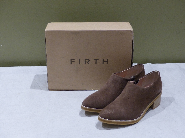 FIRTH 5854 SUEDE TRUFFLE LOW ANKLE BOOT 7306261 WOMEN'S 7.5