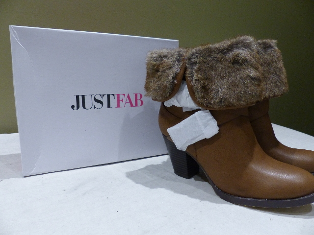 JUSTFAB MCKINLEY BROWN ANKLE BOOTIE BOOTS FAUX FUR TRIM 8.5 BS1514202-2010-29085