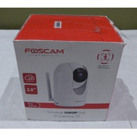 FOSCAM R2 PAN AND TILT PNP WIRELESS IP CAMERA