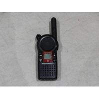 MOTOROLA GS1810BKN8BB HAND HELD WALKIE TALKIE