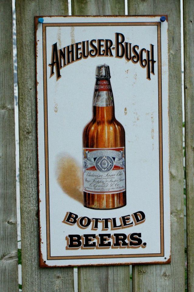 Anheuser Busch Budweiser American Eagle Bud Tin Sign Garage Bar Beer Alcohol