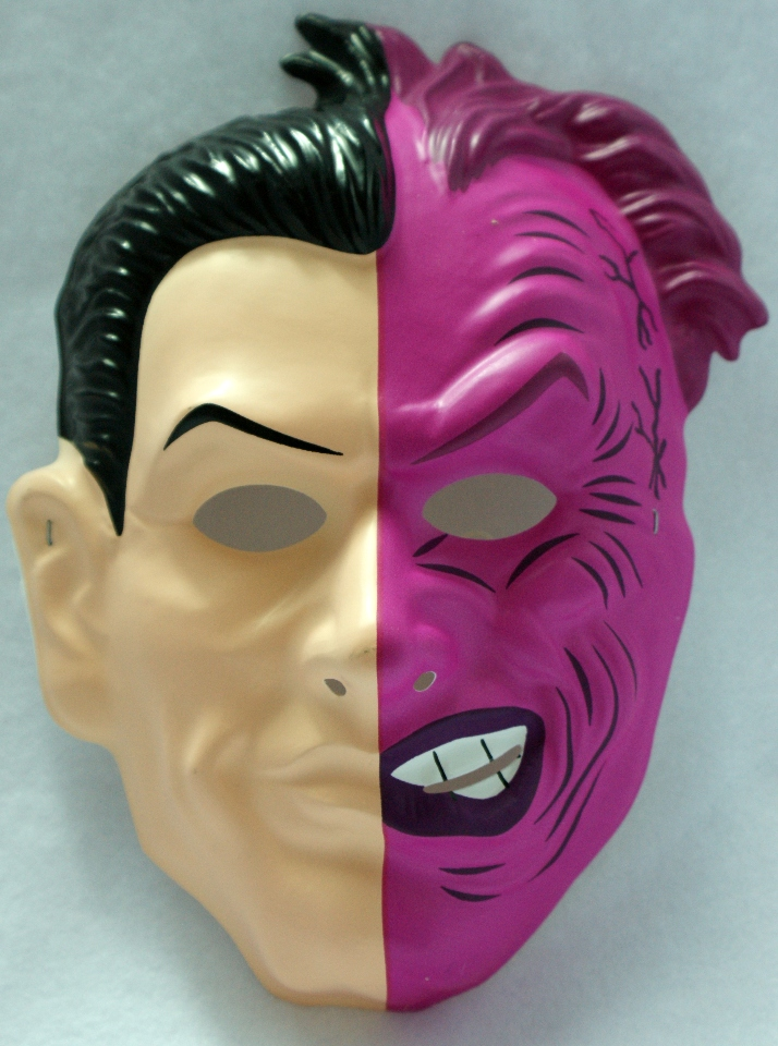 Vintage DC Comics Two Face Halloween Mask Batman Comic Book Villain Y017